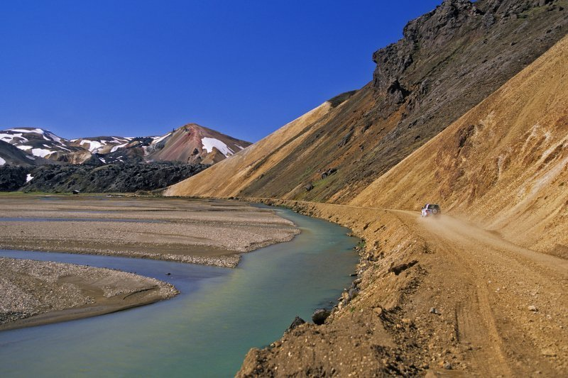 Spectacular-Iceland - On-the-way-to-Landmannalaugar.jpg