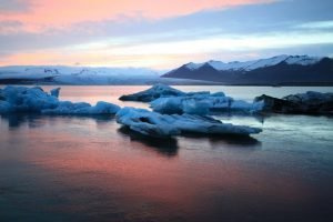 GJ-21-northen-lights-exploration - GJ-21-Iceland-glacier-lagoon.jpg
