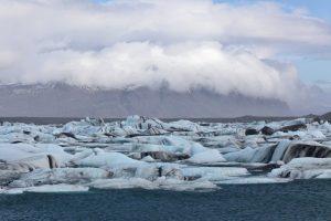 GJ-21-northen-lights-exploration - GJ-21-Jökulsárlón-with-floating-icebergs.jpg
