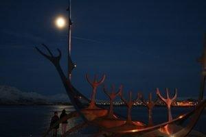 GJ-21-northen-lights-exploration - GJ-21-Reykajvik-viking-boat-full-moon.jpg