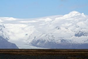GJ-21-northen-lights-exploration - GJ-21-Vatnajökull-National-Park-mountains-and-glaicers.jpg
