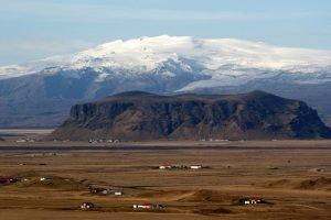 GJ-23-Aurora-Iceland - GJ-23-Eyjafjallajökull-glacier-and-volcano-3.jpg