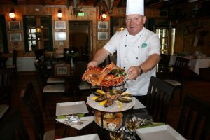 GJ-26-northern-lights-in-style - GJ-26-Crab-Seafood-lunch.jpg