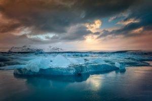 GJ-27-AURORAS-GLACIAL-LAGOON - GJ-27-View-iceberg-iceland.jpg
