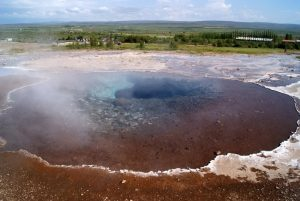 GJ-90-Iceland-country-life - GJ-90-Golden-Circle-Geysir.jpg