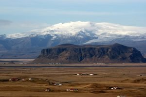 GJ-92-iceland-greenland-discovery - GJ-92-iceland-greenland-discovery-Eyjafjallajökull-glacier-and-volcano.jpg
