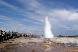 GJ-92-iceland-greenland-discovery - GJ-92-iceland-greenland-discovery-Golden-Circle-Geysir.jpg