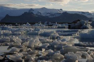GJ-92-iceland-greenland-discovery - GJ-92-iceland-greenland-discovery-Jokulsarlon-glacial-lagoon-with-ice-bergs.jpg