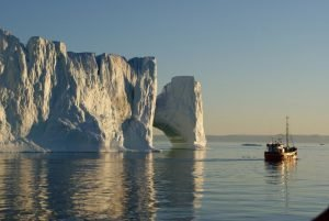 GJ-92-iceland-greenland-discovery - GJ-92-iceland-greenland-discovery-Midnight-sailing-at-the-Icefjord-29.jpg