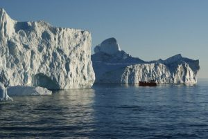 GJ-92-iceland-greenland-discovery - GJ-92-iceland-greenland-discovery-Midnight-sailing-at-the-Icefjord-4.jpg