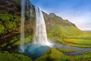 GJ-94-Iceland-in-a-nutshell - GJ-94-Seljalandsfoss-waterfall.jpg