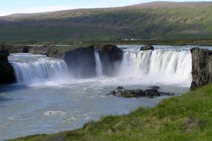 GJ-99-Grand-tour-of-Iceland - GJ-99-Godafoss.jpg