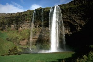 GJ-99-Grand-tour-of-Iceland - GJ-99-Seljalandsfoss.jpg