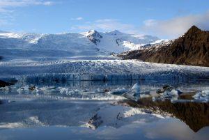 GJ-99-Grand-tour-of-Iceland - GJ-99-Vatnajökull-National-Park-glacier.jpg