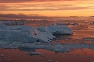 GJ-WGR-14AA-Greenland-winter-experience - GJ-WGR-14AA-Ilulissat-Winter-16-001.jpg - Image copyright by courtesy of Visit Greenland and their contracted photographers