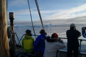 GJ-WGR-4-Amazing-days-Ilulissat-4-days - GJ-WGR-4-Icefjord-evening-sailing.jpg