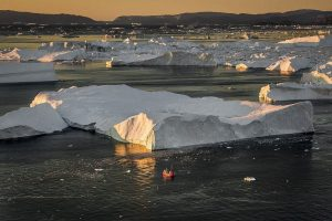 GJ-WGR-5-Amazing-days-Ilulissat-5-days - GJ-WGR-5-Ilulissat-by-Greenland-21.jpg - Image copyright by courtesy of Visit Greenland and their contracted photographers
